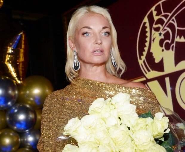 "Волочкова: ""Ситуация со снятием денег с моего счёта проясняется"""