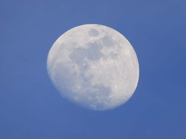 Результаты нового исследования показывают, что миллиарды лет назад на Луне была атмосфера