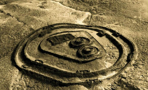 13 башен в Перу: вершины, на которых заканчивается история человечества