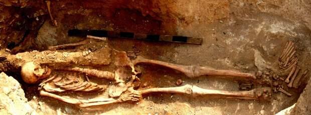 Монгольские буддийские погребения Улуса Джучи в Улытау