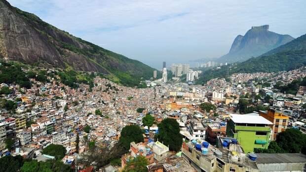 Эффективность вакцинации от COVID-19 в Рио-де-Жанейро проверят «небольшим карнавалом»