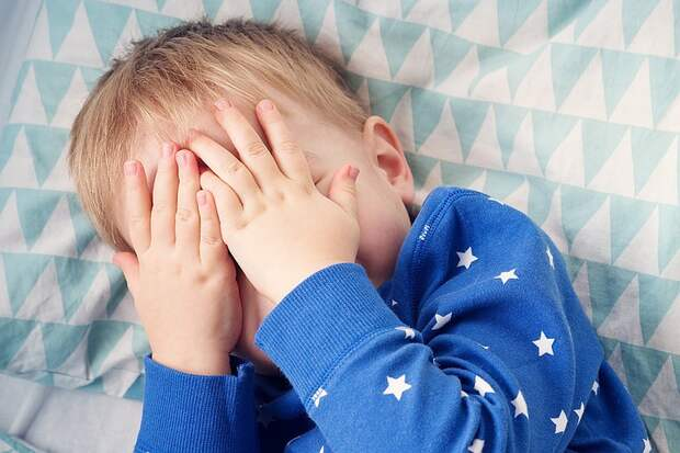 """""""Лучше б меня не было"""": пятилетнему мальчику снятся кошмары из-за связавшей его скотчем воспитательницы"""