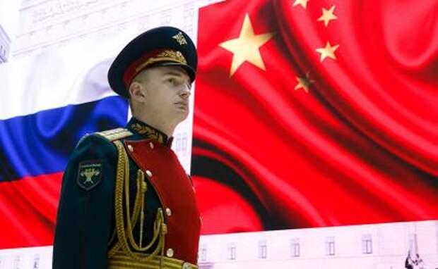 Пекин отговаривает Москву от политического самоубийства