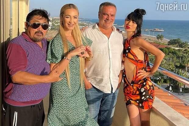 Наши в Голливуде: Бузова и другие российские звезды, снявшиеся в зарубежных фильмах