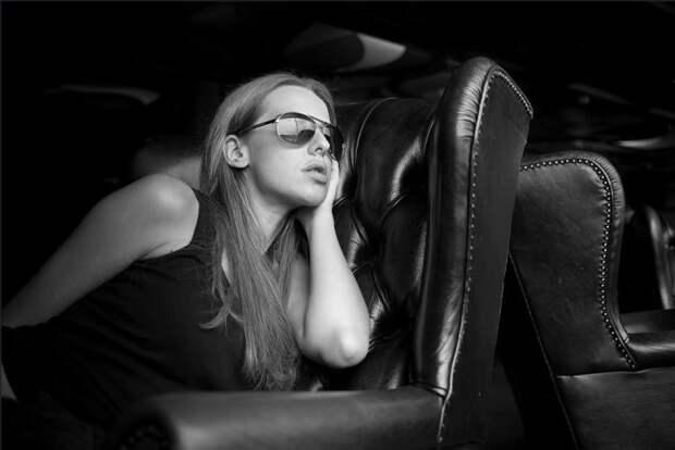 Яника Мерило, советник министра Украины, и ее игривые foto