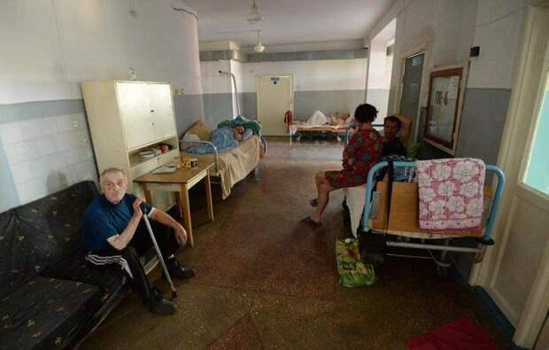 Зеленскому не избежать ответственности за преступную вакцинацию – эксперт