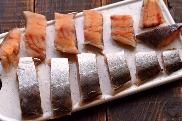 Жареная рыба в луковом кляре