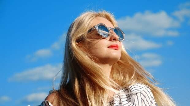 Офтальмолог объяснил, как солнцезащитные очки могут навредить глазам