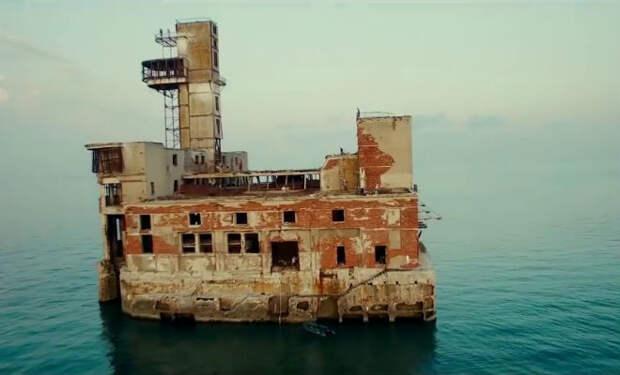 10 самых мрачных заброшенных зданий России