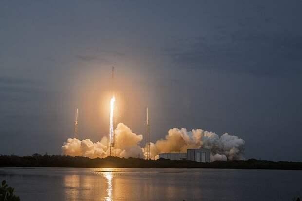 SpaceX отправит к Луне спутник, оплаченный криптовалютой Dogecoin