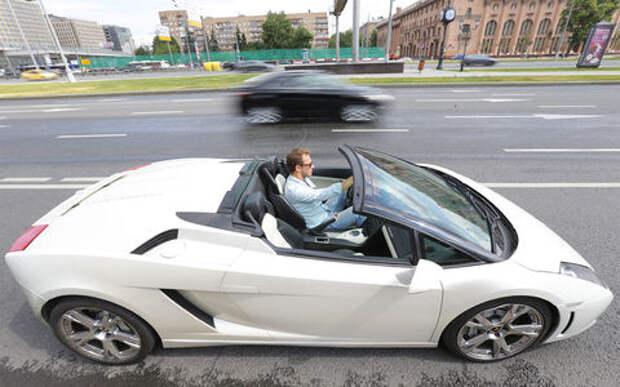 В полку роскошных автомобилей прибыло: Минпромторг обновил список