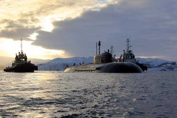 Путин своим указом приравнял Северный флот к военному округу