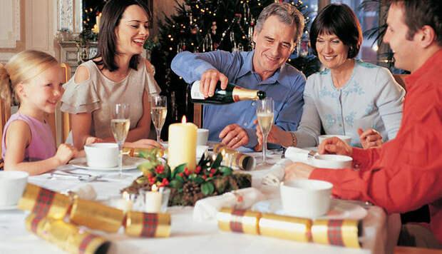 Почему в новый год и Рождество столько пар разбегаются?