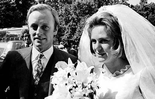 35 лет в ожидании счастья: принц Чарльз и Камилла Паркер-Боулз