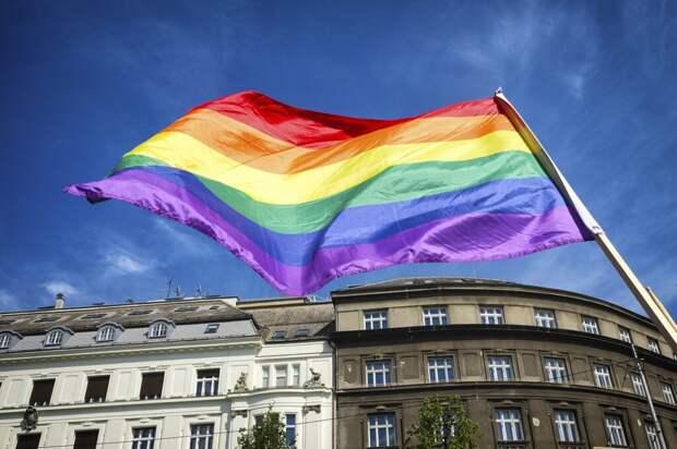 Радикалы напали на полицейских после ЛГБТ-марша в Одессе