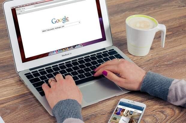 Совфед спросит с Google и Apple