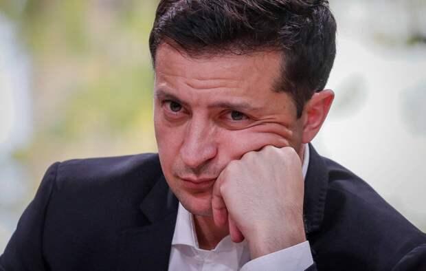 Доверие жителей Украины к Зеленскому резко упало по всем пунктам