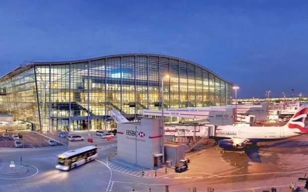 London Heathrow Airport - один из самых старых и загруженных аэропортов мира.