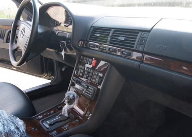 Mercedes-benz S500 1993 года с пробегом 2000 километров