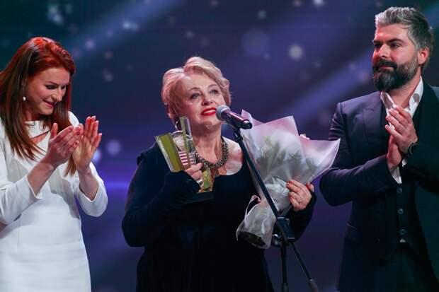 Пенсионерка из Северного  после курсов  «Московского долголетия» стала полиглотом