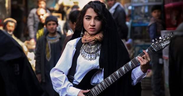 Красота против войны в работах фотографа из Афганистана Фатимы Хоссайни