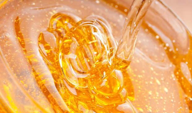 Иммунная система Мед обладает некоторыми довольно впечатляющими качествами, благотворно влияющими на иммунную систему. Главное, покупайте только органический мед, полный ферментов, витаминов и минералов, которые будут защищать вас от многих неприятных бактерий.