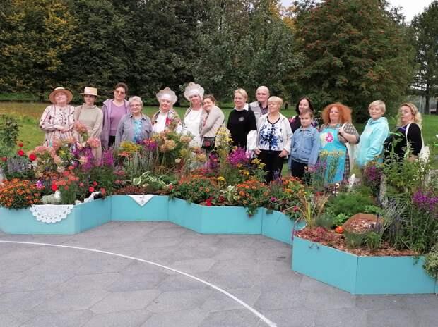 На конкурсе фестиваля «Цветочный джем» победила пара из Отрадного