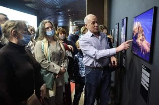 В Красноярске в честь 25-летия восхождения на Эверест открылась фотовыставка