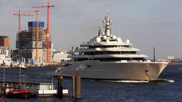 «Я был на яхте Абрамовича — она как огромный город. Там все, что есть в мире». Листерман — о владельце «Челси»