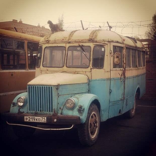 А люди постарше должны помнить и такой автобус ГЗА-651 автобусы, воспоминания, детство, ностальгия