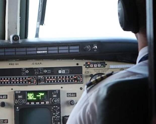Военный самолет упал на жилой дом в Белоруссии, погибли два летчика