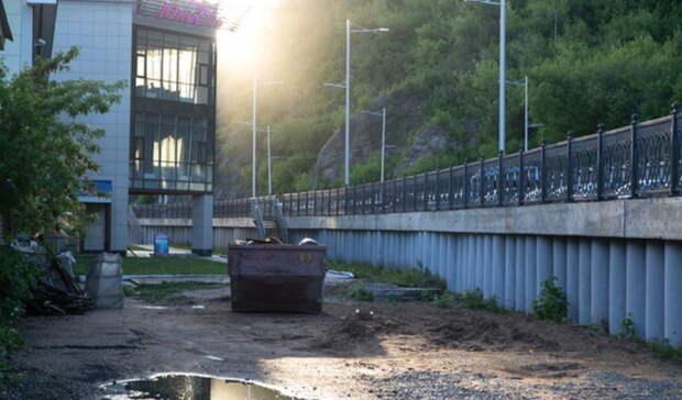 Итоги дня: новый моногоспиталь, набережную укрепляют мусором, ДТП сдвумя детьми