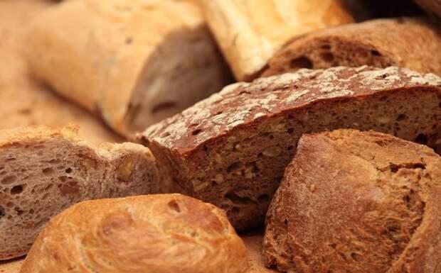 Крымские чиновники снова решили попиариться на блокадном хлебе