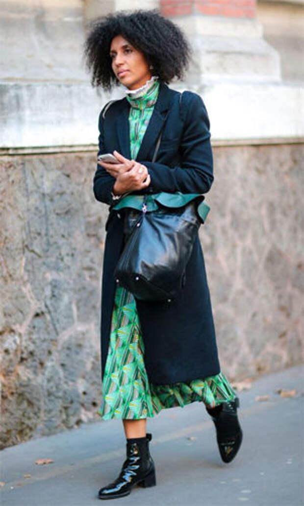 Лакированные челси с платьем и пальто
