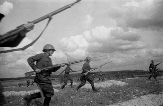 «Русских победить невозможно!»: чем советские солдаты удивляли немцев