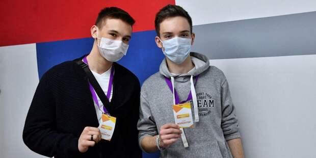 Собянин: В Москве производится около миллиона медицинских масок в сутки. Фото: mos.ru