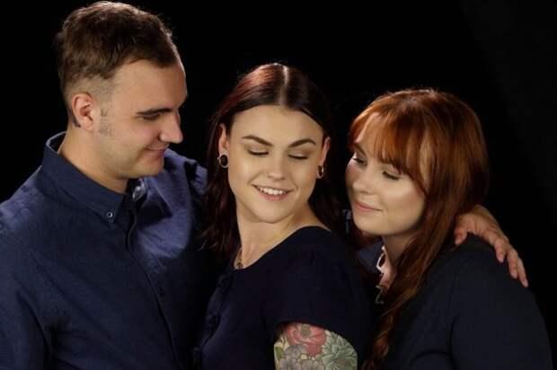 Любовь втроем: супруги влюбились в девушку и создали шведскую семью