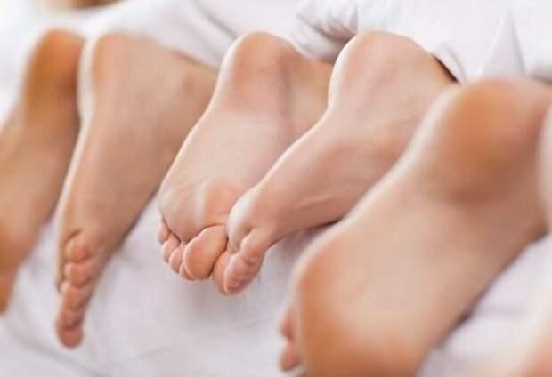 Самые простые рецепты от потливости ног и всего тела