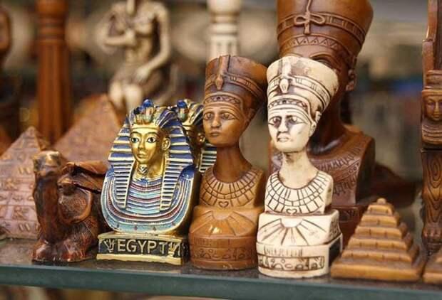 25 самых популярных сувениров совсего света