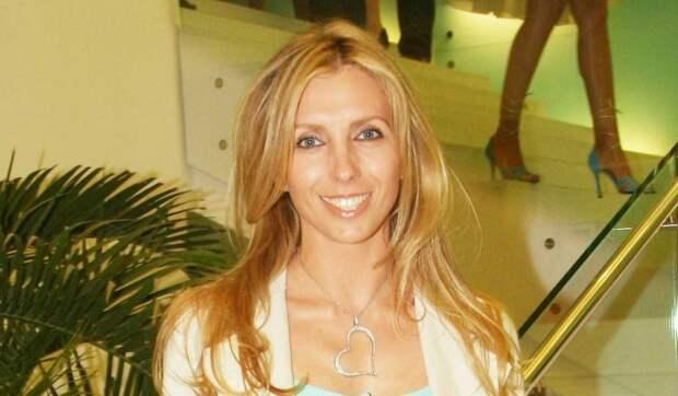 «Федя, такую женщину потерял!»: Бондарчук в полупрозрачном платье довела народ до экстаза