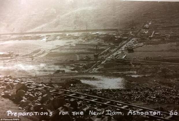 """""""Британская Атлантида"""": редкие фото затопленной деревни Ашоптон"""