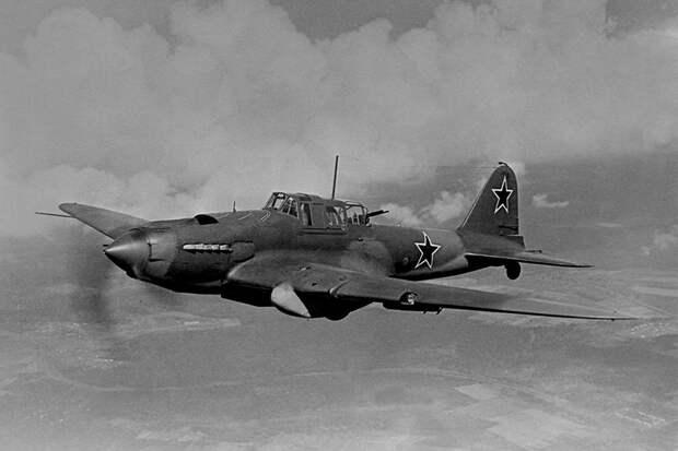 Летающий танк: NI высоко оценил вклад Ил-2 в Победу