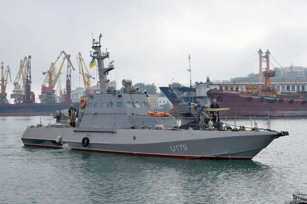 Украина тратит миллиарды долларов на бесполезный хлам для своих ВМС