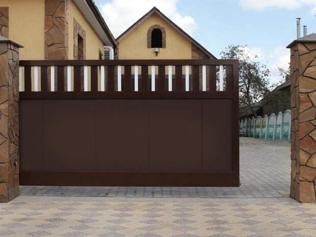 Въездные откатные ворота в Москве и области
