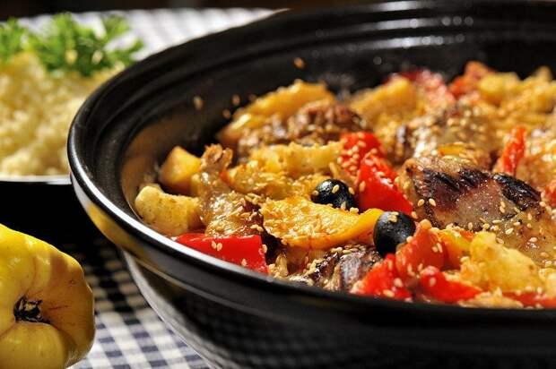 Я в последнее время всё чаще и чаще готовлю ужин из Марокканской кухни с Семьёй съедаем за раз