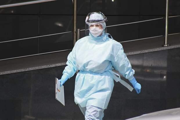 Попова: ослаблять ограничения по коронавирусу в регионах России пока рано