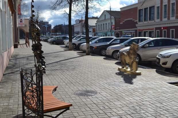 Фигура льва появилась в Воткинске
