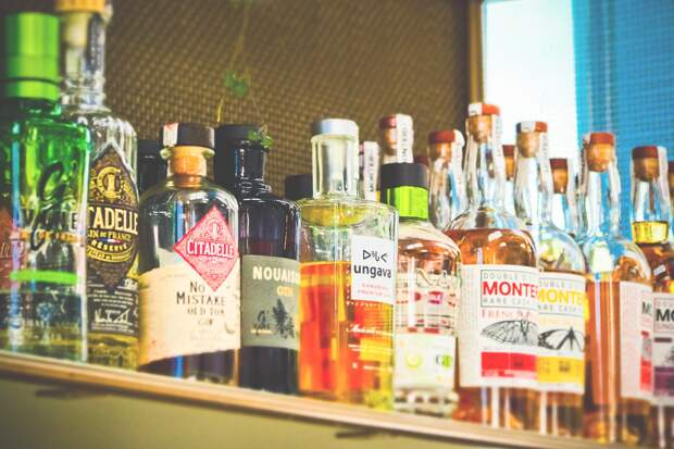 Власти Севастополя запретили продажу алкоголя на «Последний звонок»