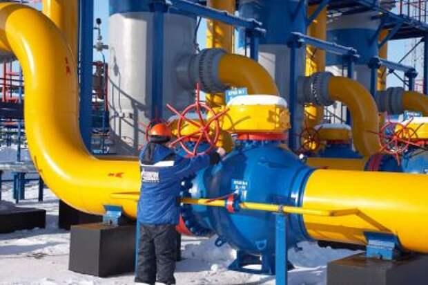 """""""Газпром"""" снизил транзит газа через территорию Украины"""
