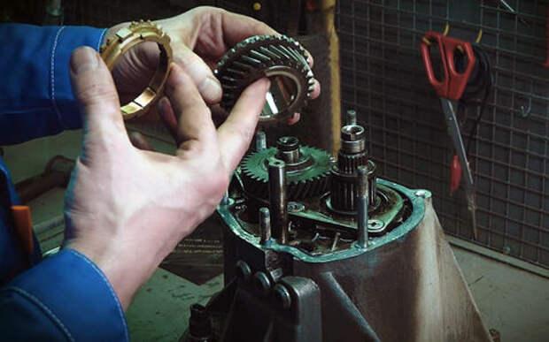 Если не включается передача – ремонтируем коробку на Гранте